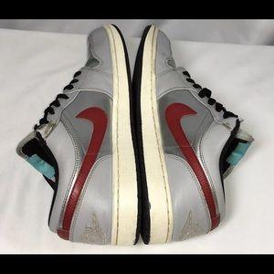 Brand New Air Jordan 1 Retro Low City Chicago Men/'s Size 11.5 Model # 641888-005